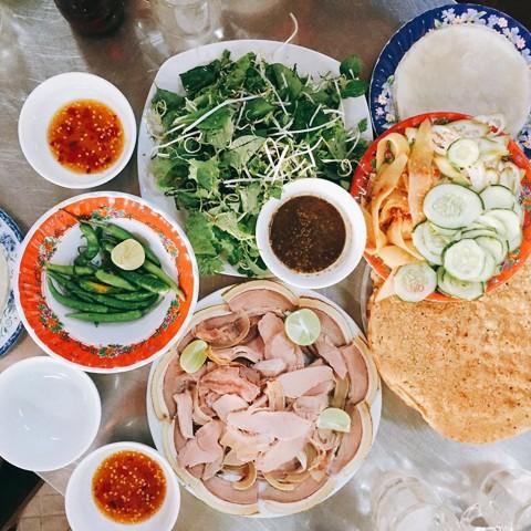 5-mon-an-ngon-noi-tieng-o-quang-nam-du-lich-vietnam-01