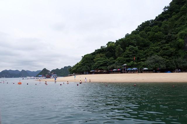 Bai-Bien-Titop