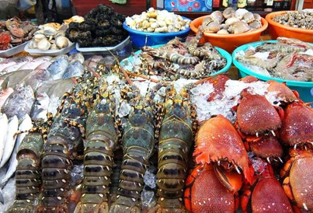 Chợ Dương Đông Đảo Phú Quốc