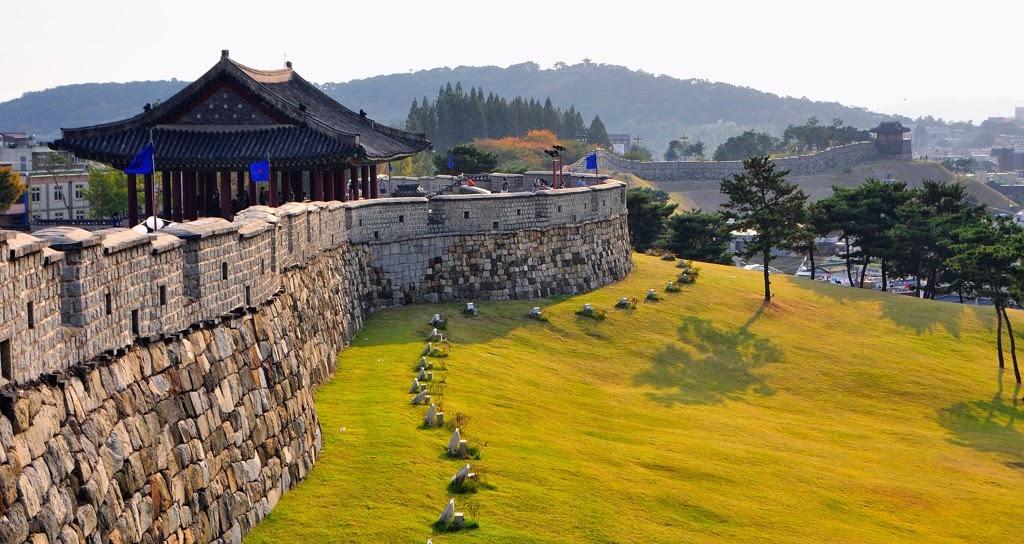 phao-dai-suwon-hwaseong-dia-diem-du-lich-han-quoc-03