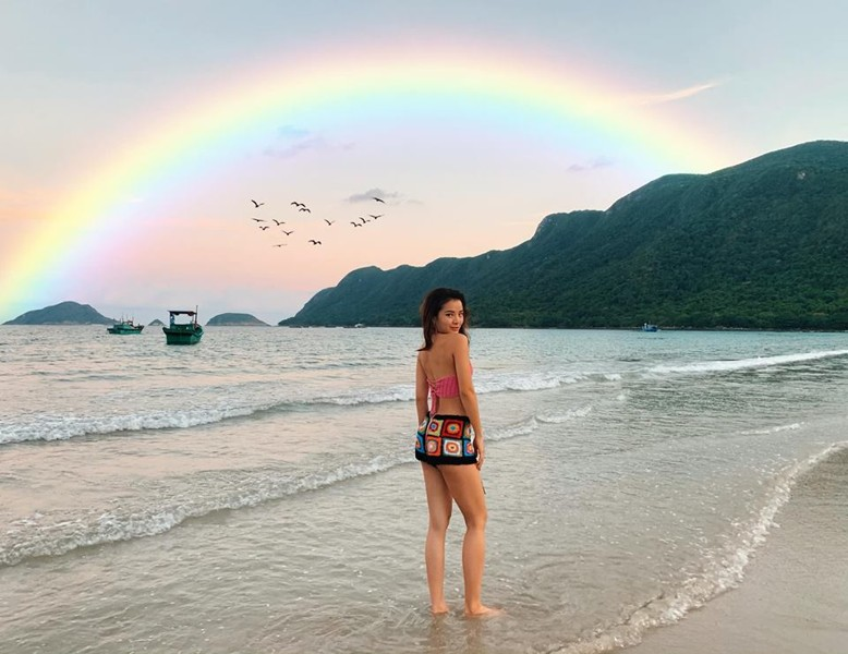 phuong-trinh-jolie-bikini-du-lich-con-dao-02