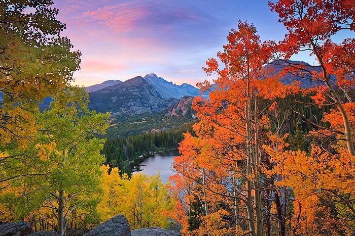 Top 10 địa điểm du lịch ngắm cảnh đẹp mùa thu ở Mỹ 3