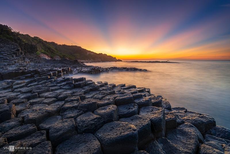 Top 12 địa điểm du lịch ở biển Phú Yên 4