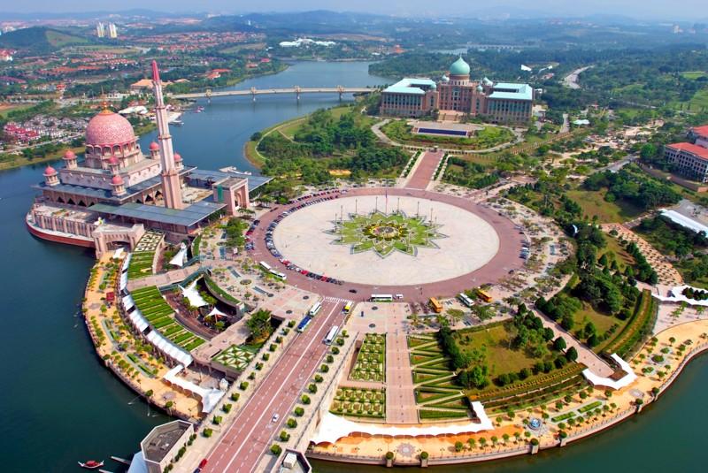 tour-du-lich-malaysia-kualumpur-genting-dong-batu-shopping-04