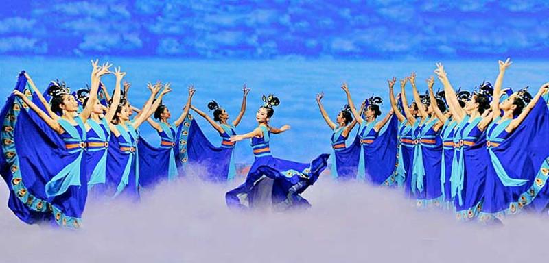 tour-du-lich-nhat-ban-osaka-kyoto-nagoya-shen-yun-show-10