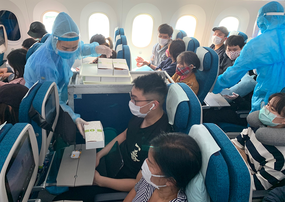 Một số lưu ý mua vé máy bay từ Châu Âu về Việt Nam của Vietnam Airlines