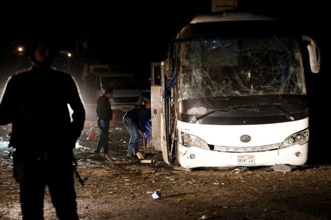 Xe chở du khách Việt Nam bị đánh bom ở Ai Cập