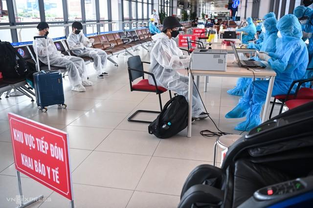 Xét nghiệm nhanh Covid 19 tại Sân Bay Nội Bài Hà Nội 2