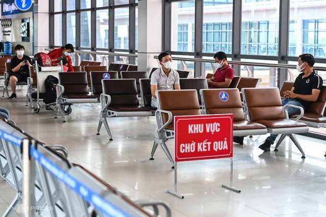 Xét nghiệm nhanh Covid 19 tại Sân Bay Nội Bài Hà Nội 7